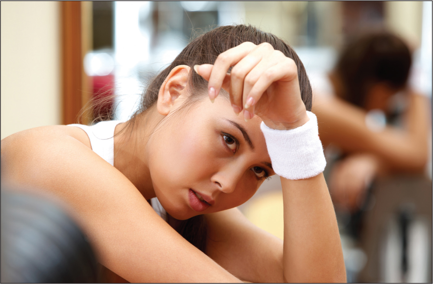 A teenage girl looking tired.© Shutterstock